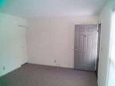 1 BR, 1 BA, Safe Neighborhood