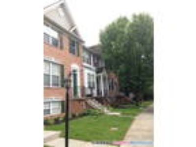 Charming Three BR/3.5 BA townhouse in ideal location