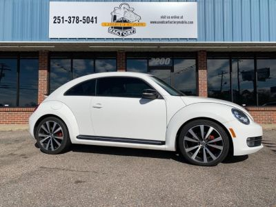 2012 Volkswagen Beetle Turbo (White)