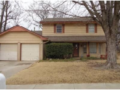 5 Bed 2.5 Bath Foreclosure Property in Norman, OK 73071 - Burnt Oak St