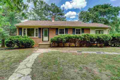 276 Knightons Rd MONTPELIER Three BR, Perfect 1 level brick
