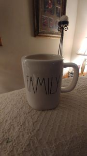 """($10 IF PPU IN GREENBRIER) RAE DUNN NEW """"FAMILY"""""""