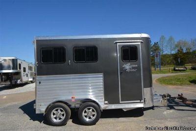 2016 Merhow 2 horse trailer bumper pull