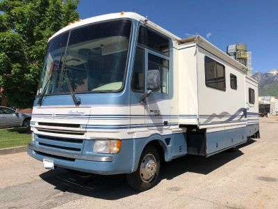 1999 Fleetwood Pace Arrow 35K