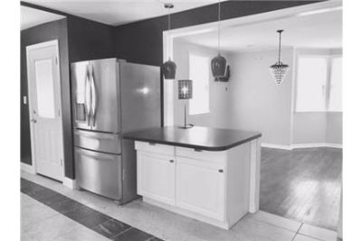 Single Family Home - 3 Bedroom / $2990 per month