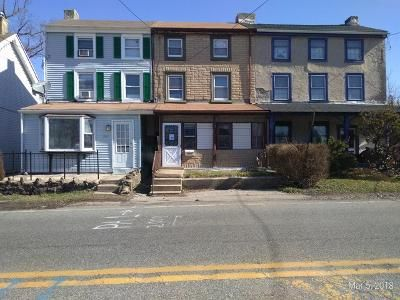 3 Bed 1 Bath Foreclosure Property in Norristown, PA 19403 - W Main St