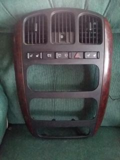 Heating/cooling cover 2004 town and country