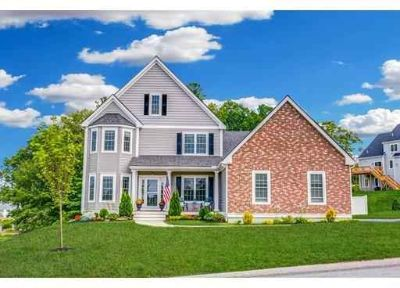 15 High Point Dr Grafton Four BR, This stunning better than new