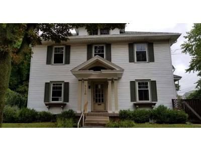 3 Bed 1.5 Bath Foreclosure Property in Milwaukee, WI 53208 - W Lloyd St