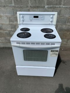 Like New White Stove - Able to Deliver