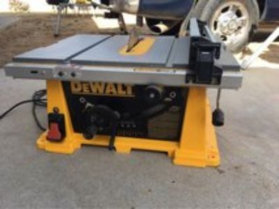 Table Saw Dewalt 10 portable