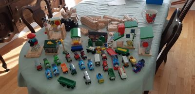 Over 200 pieces thomas the train