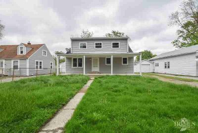 2004 N Glenwood Avenue Muncie, Checkout this Four BR