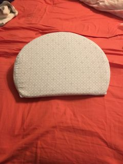 Little bassinet reflux pillow