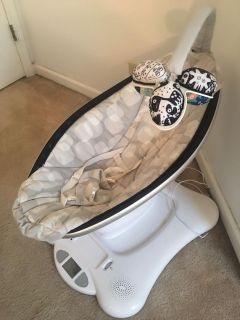 Mamaroo! Basically brand new, used a couple times. My daughter doesn t care for it. GREAT condition! No stains and everything works perfect.