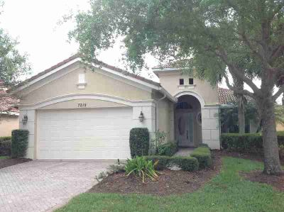 7212 Maidstone Drive Port Saint Lucie, Spectacular Three BR Two BA