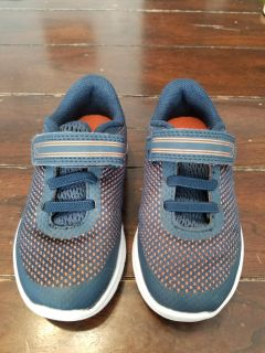 Cat & Jack Size 8 Toddler Sneakers