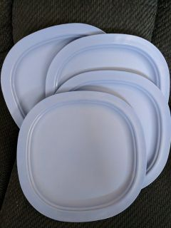 Luncheon Plates set of four - Microwave Reheatable by Tupperware (BRAND NEW)