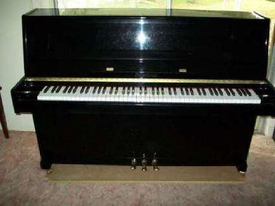 Nordiska Upright/Console Piano