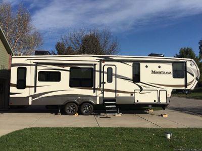 2016 Keystone Montana 3611RL Travel Trailer