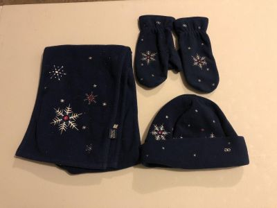 American Eagle Navy Blue fleece scarf, hat and mittens