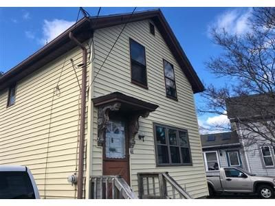 2 Bed 1.1 Bath Foreclosure Property in Taunton, MA 02780 - Shores St