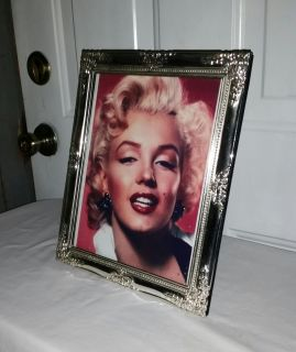Marilyn Monroe beautiful picture and frame. 8 by 10 $5