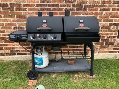 Char-Griller Duo Black Dual-Function Combo Grill