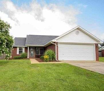Beautiful 3 Bedroom Home In Foley, Alabama