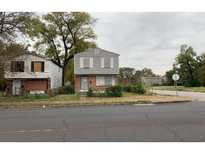 4 Bed 2 Bath Foreclosure Property in Saint Louis, MO 63115 - Lee Ave