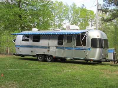 $2,000, Get now 1989 airstream excella
