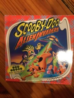 Scooby Doo and the Alien Invaders paperback