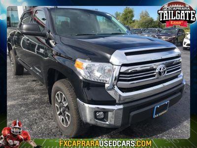 2016 Toyota Tundra SR5 (Black)