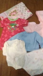 Doll clothes, small blanket, diaper, 6 items of clothing, good condition
