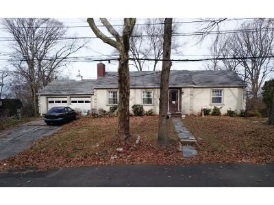 2 Bed 3 Bath Foreclosure Property in Staten Island, NY 10301 - Longfellow Ave