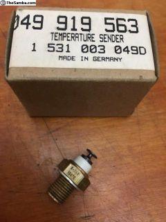 NOS Temperature Sender Genuine VW (049 919 563)