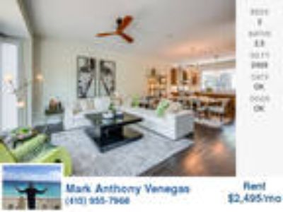 Very Nice Three BR, 2.5 BA - 3 Level TownHouse in Metro Center With 2 Car Gar...