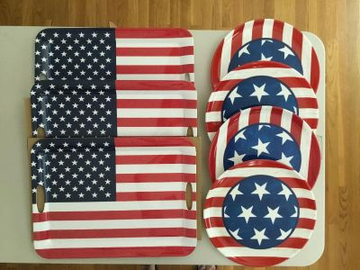 Americana serving trays