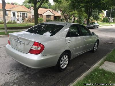 2002 TOYOTA CAMRY - LOADED - COLD AC - LOW MILES