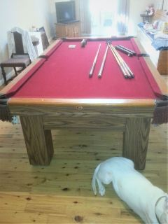Beautiful Gandy Pool Table-FREE DELIVERY and SET-UP INCLUDED!!!