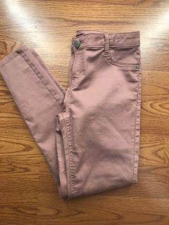 Off pink skinny jeans