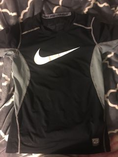 Boys small Nike pro combat fitted