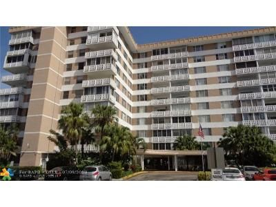 2 Bed 2 Bath Foreclosure Property in Hollywood, FL 33021 - Hillcrest Dr Apt 620
