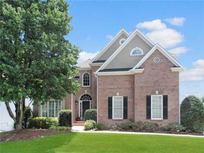 Furnished Weekly Rental 4 BR 2.5BA Brick front home in Smyrna