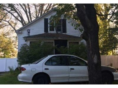 2 Bed 1 Bath Foreclosure Property in Worcester, MA 01610 - Tennyson St