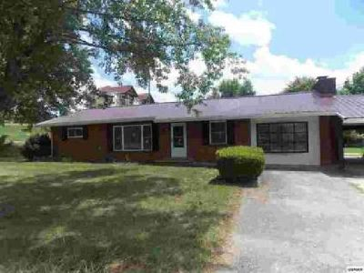 430 Shirley Avenue Pigeon Forge Three BR, Home located on large