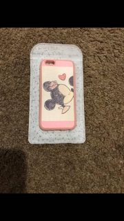 Minnie mouse couple iPhone 6/6s case.