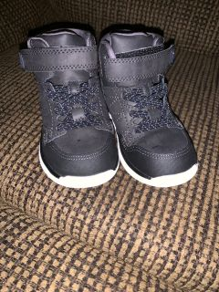 Stride Rite Made 2 Play kid shoes size 8W black