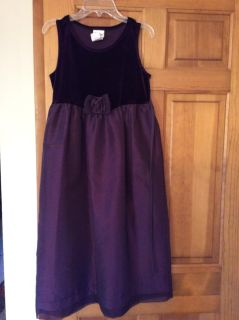 Gorgeous Dress ... Perfect for Holidays, weddings, Parties, Church,