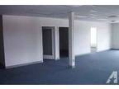1076ft - Large Corner Office with Privates (Main and Fir Sister